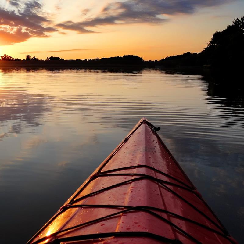 sq-kayak