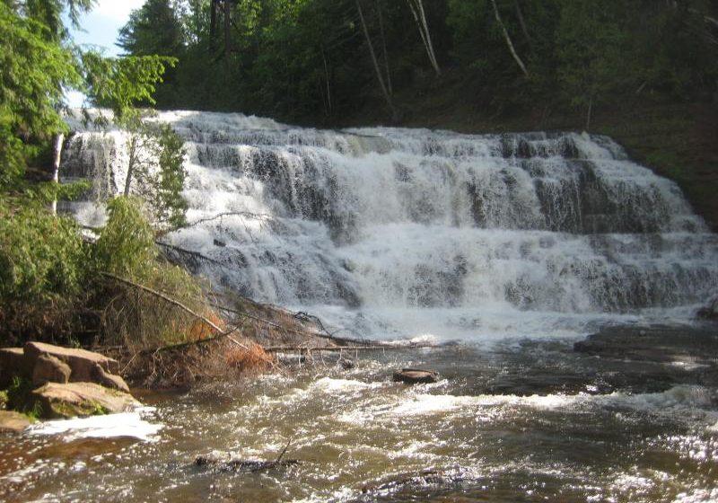 Closer look at Agate Falls